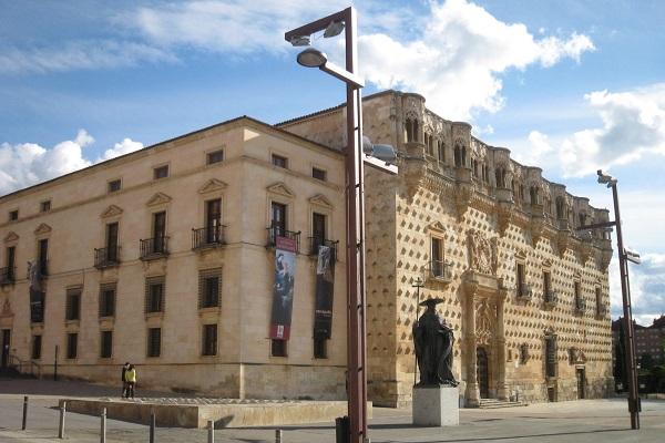 Palacio del Infantado en Guadalajara - Destino y Sabor