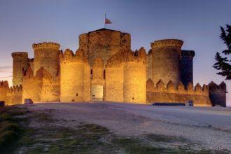Castillo de Belmonte - Destino y Sabor