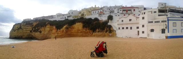 Playa de Carvoeiro. El carricoche fue un artista invitado - Destino y Sabor