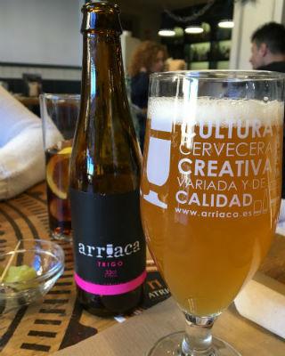 Comer en el Restaurante Atrio - Cerveza artesana local