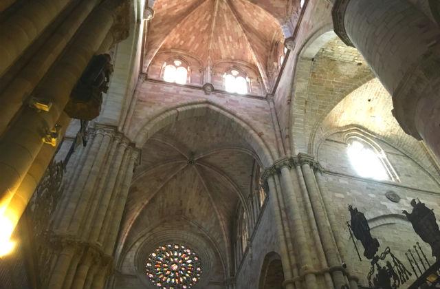 Interior de la Catedral de Sigüenza - Destino y Sabor