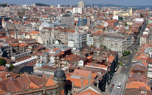 Vistas de Oporto desde lo alto de la Torre de los Clérigos - Imagen de Wikipedia