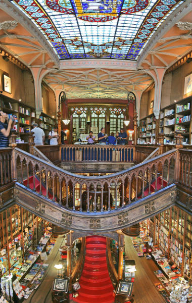 Librería Lello en Oporto - Imagen de Wikipedia