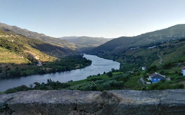 Río Duero antes de llegar a la zona de Tauaço - Destino y Sabor