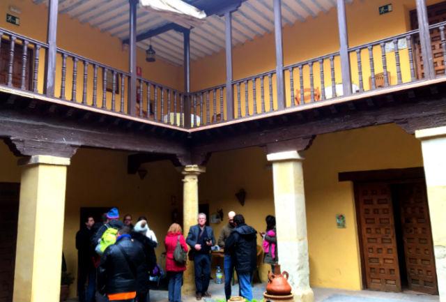 Patio de la Casa Palacio Conde Garcinarro - Destino y Sabor