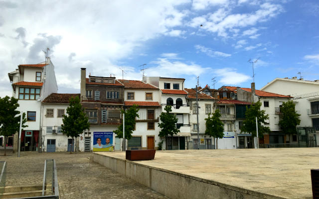 Praça Camões - Destino y Sabor