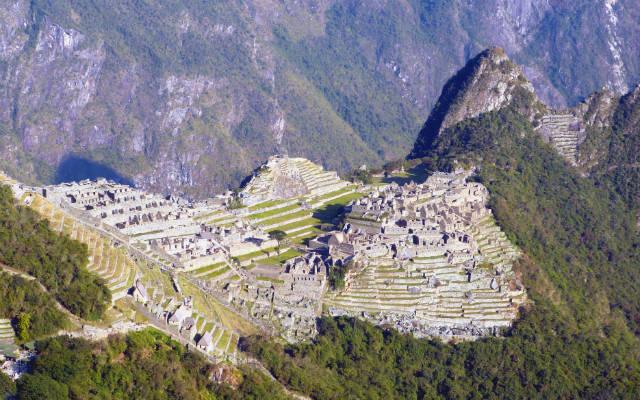 Machu Picchu desde Inti Puchi - Destino y Sabor