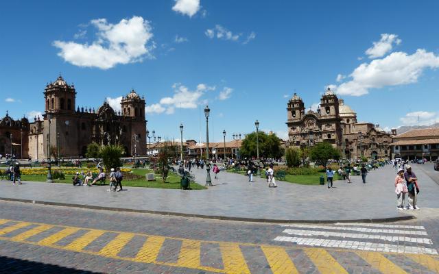Plaza de armas de Cuzco - Destino y Sabor