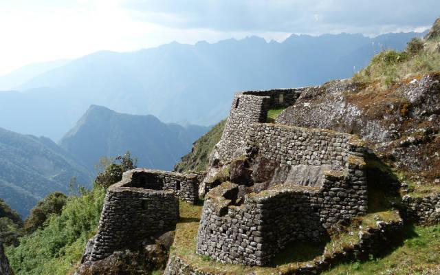 Ruinas de Sayacmarca - Destino y Sabor