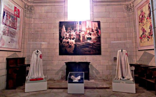 Capillas en la iglesia del monasterio, adaptadas como museo de la Orden - imagen del monasterio