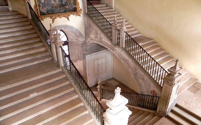 Escalera del Monasterio - Imagen del monasterio