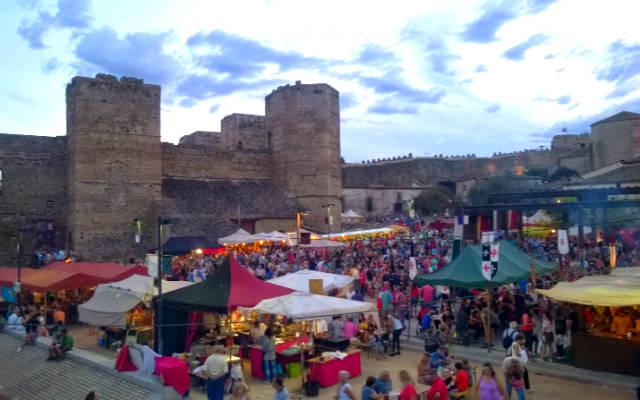Feria medieval en Buitrago de Lozoya - Imagen de ElMundoamispies