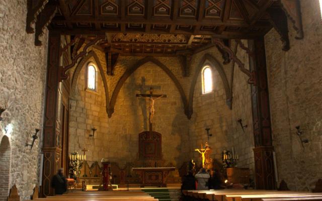 Interior de la Iglesia de Buitrago - Imagen de FotoBlog Madrid