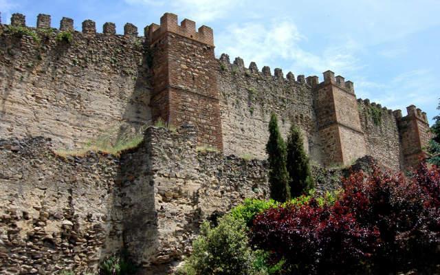 Muralla y barbacana, o adarve bajo de Buitrago de Lozoya - Imagen de Wikipedia