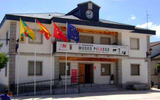 Museo Picasso, en el edificio del Ayuntamiento de Buitrago - Imagen de CronicaNorte