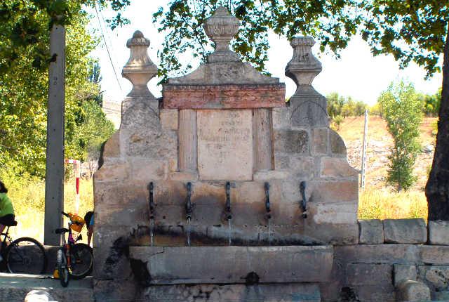 Fuente de los cinco caños de Uclés - Imagen de Escapada Rural