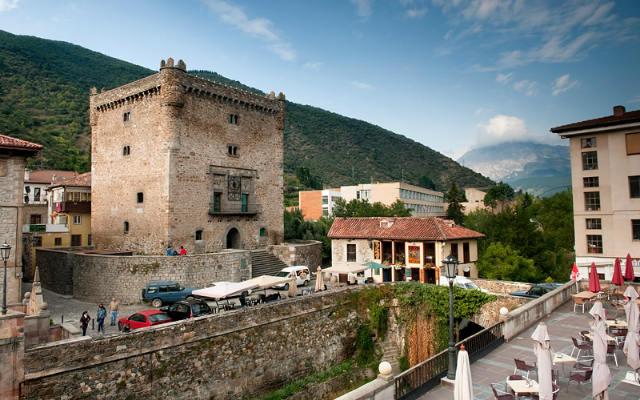 Torre del Infantado de Potes - Imagen de Centros de Culturales de Cantabria