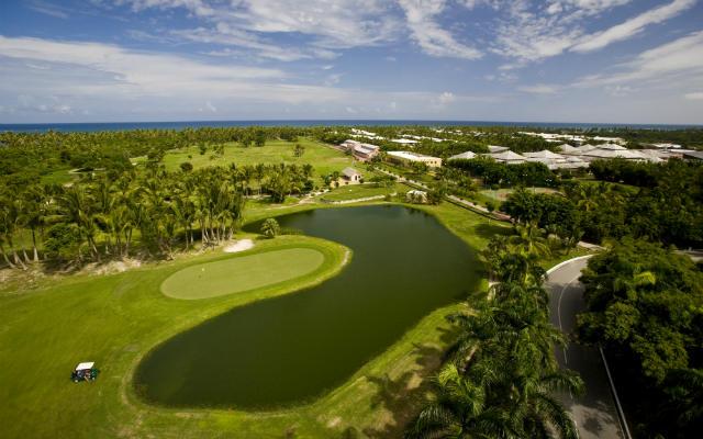 Campo de Golf del Resort Cabeza de Toro Golf, primera calle