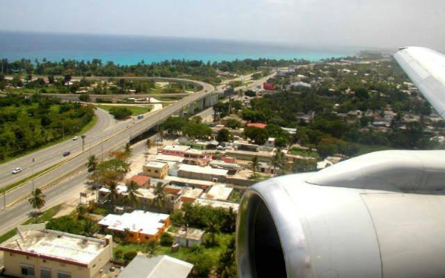 Llegada al aeropuerto internacional de Las Americas, en Santo Domingo - Republica Dominicana - Imagen de Universal TT