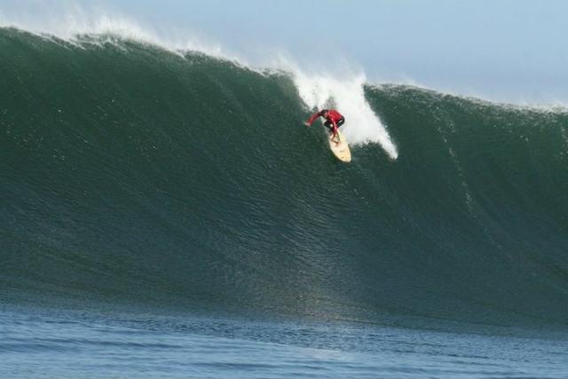 Surfer en Caldera - Imagen SurfChile