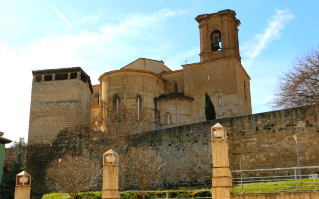Ábsides de la Iglesia de San Miguel - Destino y Sabor