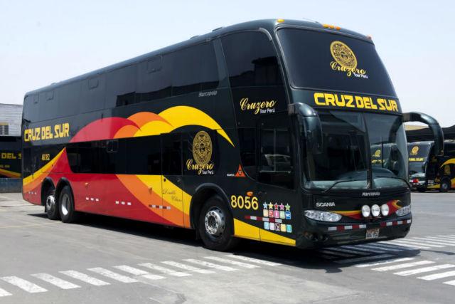 Autobuses la Cruz del Sur de doble planta - Destino y Sabor
