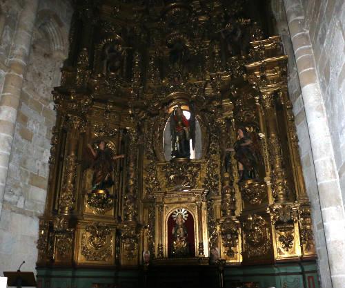 Retablo mayor de la Iglesia de San Miguel - Destino y Sabor