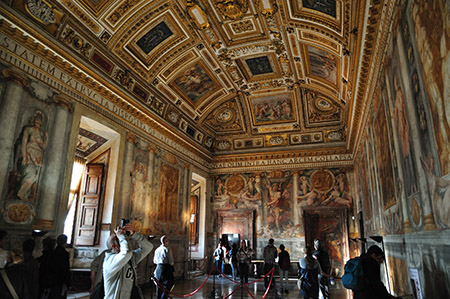 Interior del Castel Sant'Angelo - Destino y Sabor