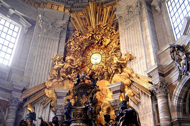 Silla de San Pedro del Vaticano - Imagen de Wikipedia