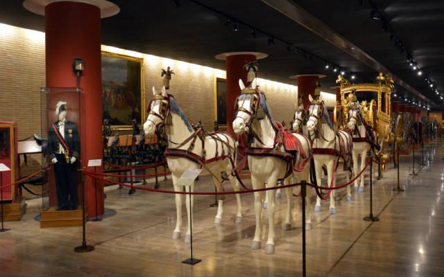 Sala de la colección de carrozas - Imagen de los Museos Vaticanos