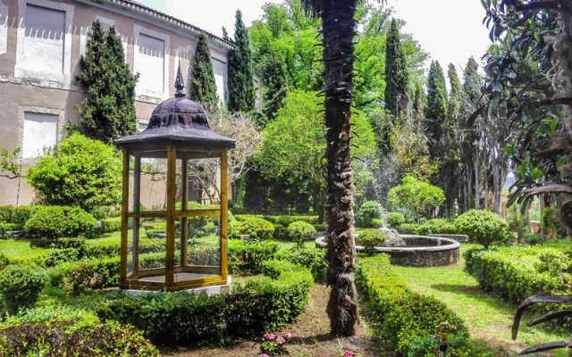 Jardines de la Real Fábrica de Paño de Brihuega - Imagen de España Fascinante