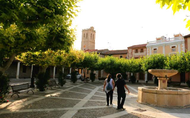 Plaza del Castillo de Torija - Destino y Sabor