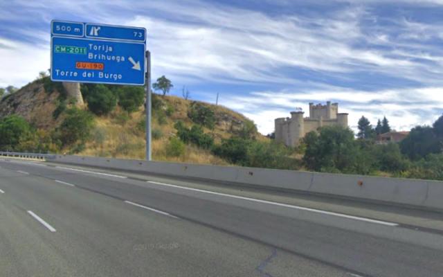 Salida de la autopista a Brihuega a la altura de Torija - Destino y Sabor