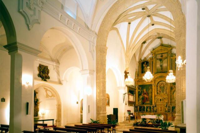 Interior de la Iglesia de Santa María de la Asunción de Torija - Imagen del Ayto