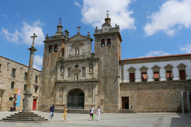 Catedral de Viseu - Destino y Sabor