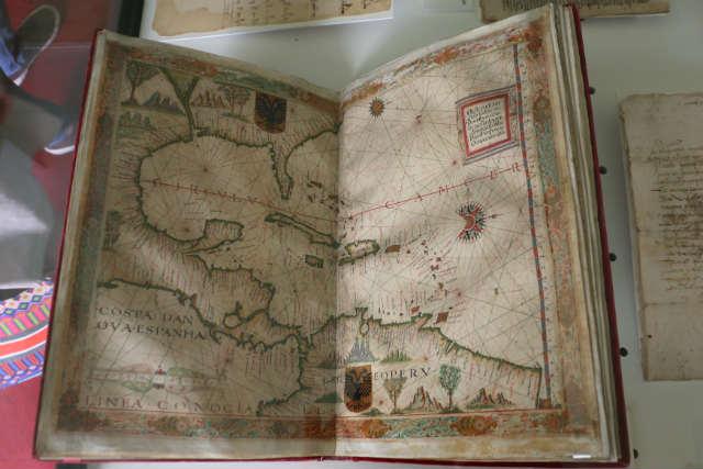 Primer libro de mapas del siglo XVI - Destino y Sabor
