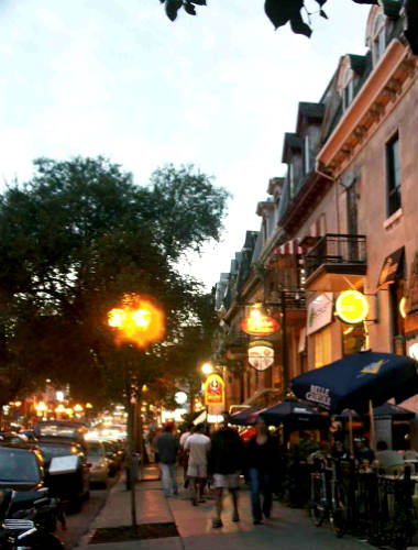Rua Saint Denis de Montreal