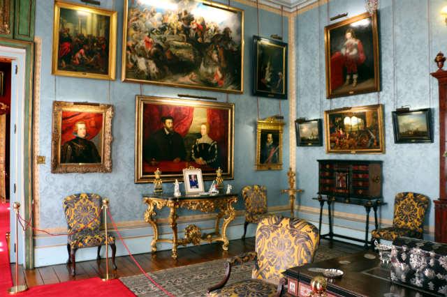 Sala flamenca del palacio - Destino y Sabor