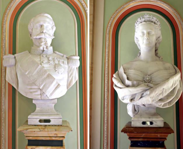 Bustos a la entrada del emperador Napoleón III y la emperatriz Eugenia - Destino y Sabor