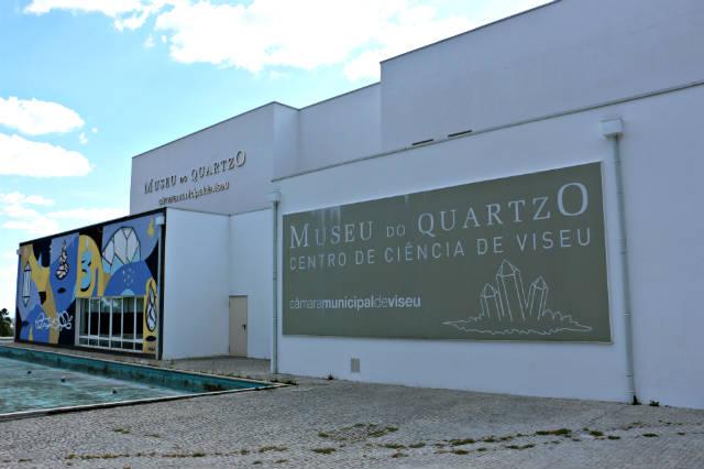 Exterior del museo del Cuarzo de Viseu - Destino y Sabor