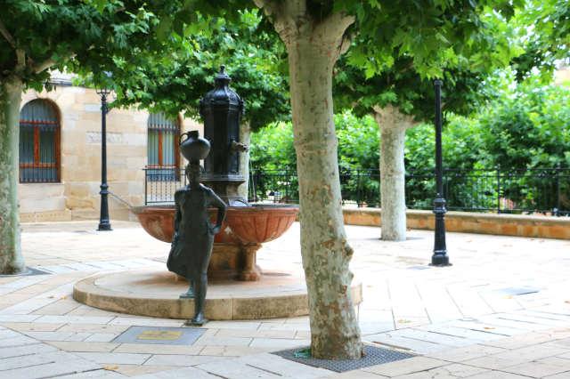 Plaza mayor de Navarrete - Destino y Sabor