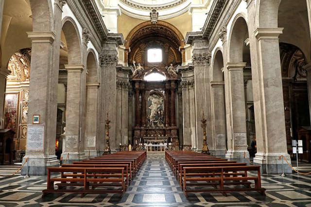 Interior de la Iglesia de San Giovanni dei Fiorentini - Imagen de Wikipedia