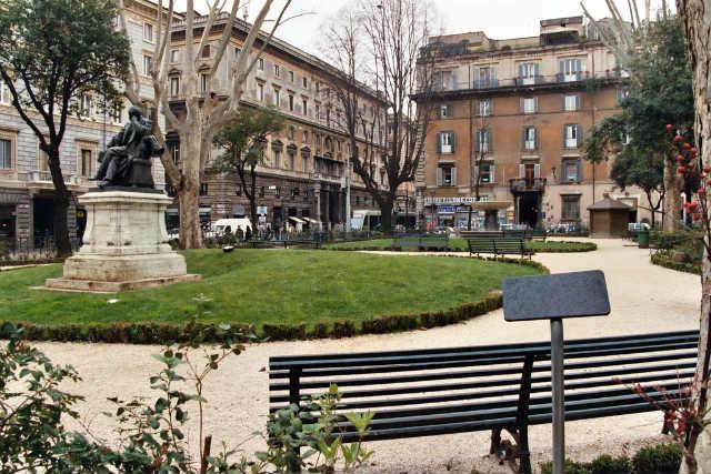 Piazza Benedetto Cairoli - John von Rosenberg