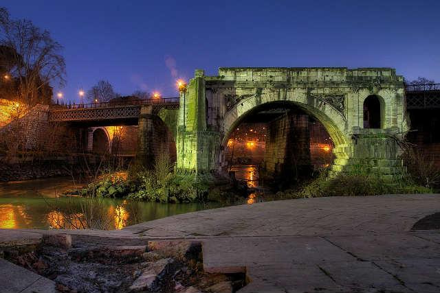 Ponte Rotto en el Tíber