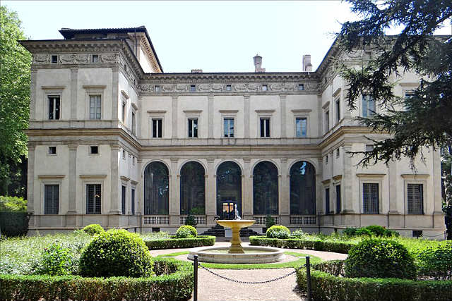 La Villa Farnesina - Imagen de Jean-Pierre Dalbéra