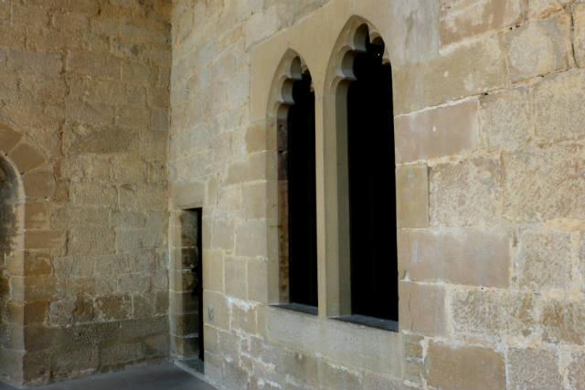 Galería interior del castillo de Olite - Destino y Sabor