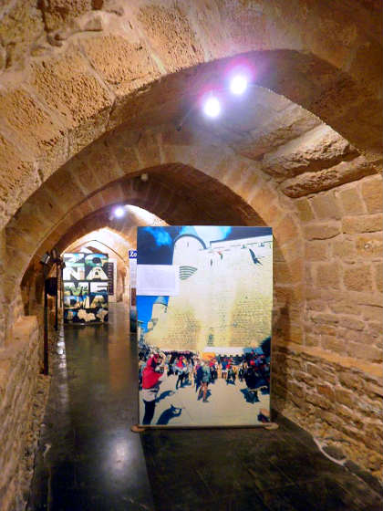 Galerías medievales en la Plaza de Carlos III - Imagen de Zarateman