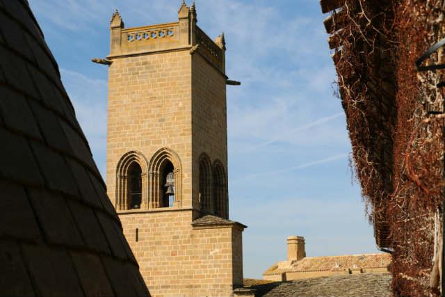 Torre campanario de Santa María la Real - Destino y Sabor