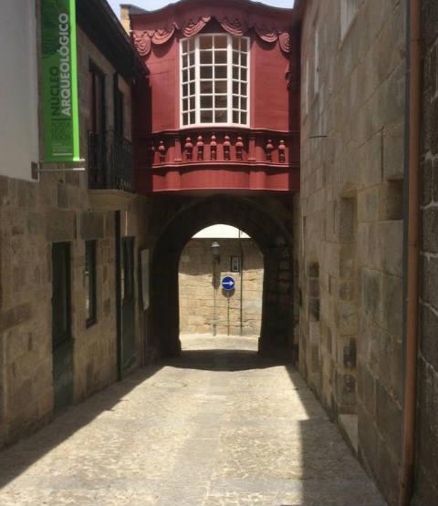 Entrada interior a la ciudadela de Lamego - Destino y Sabor