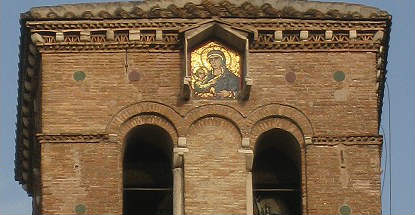 Detalle de la torre campanario de Santa María en Trastévere - Imagen de Roma Art Lover